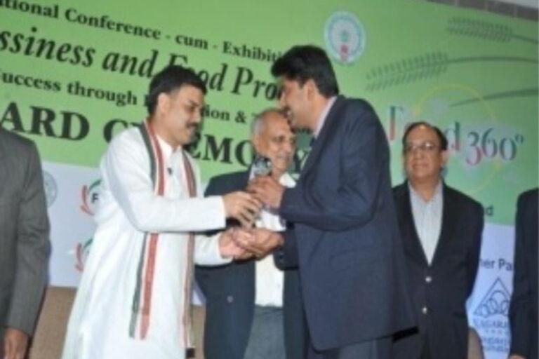 """2011-2012 – Best Marketing Company"" Award conferred to SSBTL by FICCI-International Conference ""Food 360"" on Nov' 5th 2012 at Hyderabad"